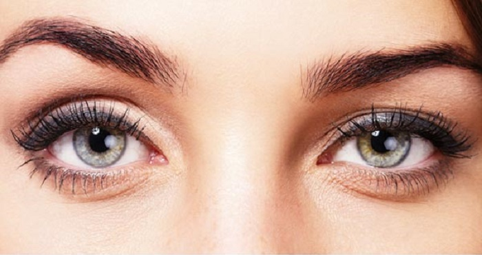 Home Remedies To Make Your Eyebrows Thicker