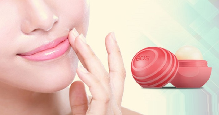 Homemade Lip Balm With Coconut Oil