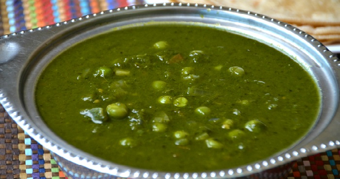 Matar Palak Curry Recipe