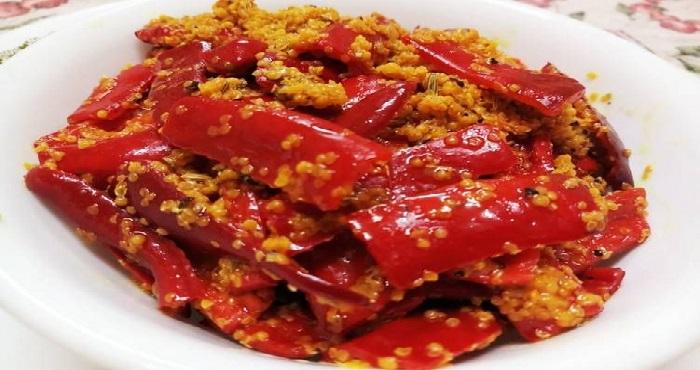 Banarsi Lal Mirch Achar Recipe