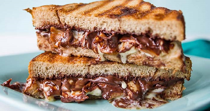Chocolate Sandwich Recipe In Hindi